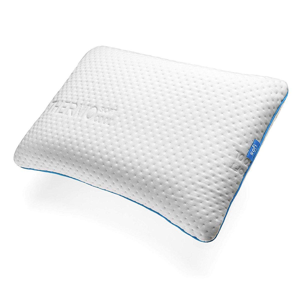Oreiller à mémoire de forme : Un oreiller pour tous les âges ?